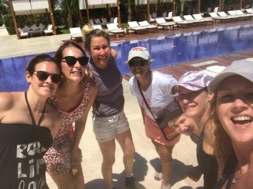 paracas-girls2